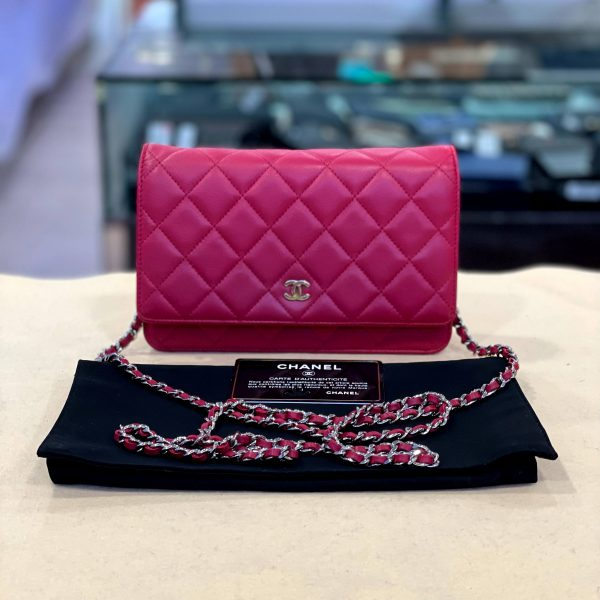 Preloved Chanel Classic Wallet On Chain